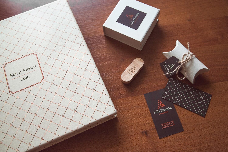 Разработка логотипа и фирменного стиля для фотографа Юлии Елинецкой